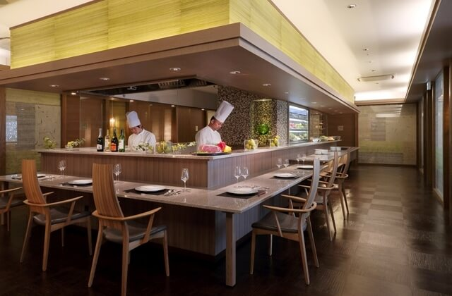 山形牛ステーキがメイン 新感覚和洋フルコース