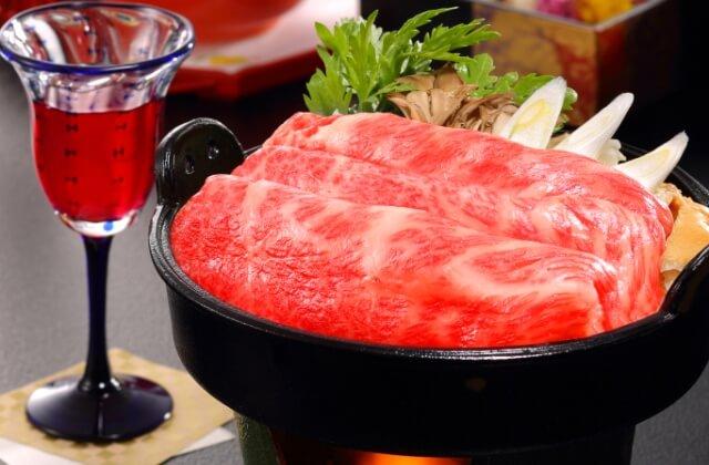 【山形牛すき焼きスタンダード】天然調味料で味付けする滝の湯のやさしい味わい