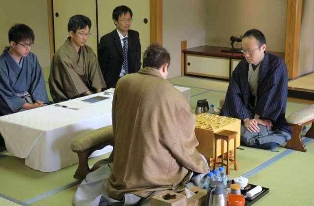【将棋のまち天童で一手】将棋界の聖地『竜王の間』でプロ棋士になったつもりでいざ、対局!