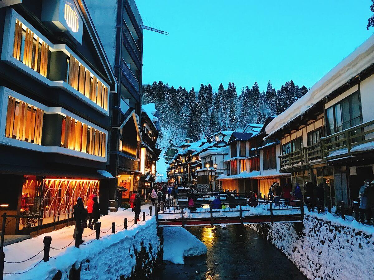 銀山温泉nighttime